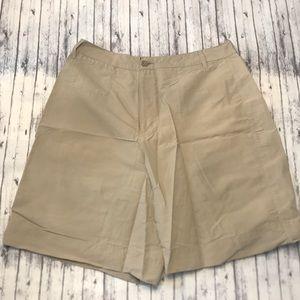 Royal Robbins khaki lightweight travel shorts
